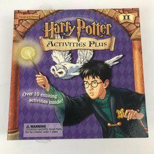 HARRY POTTER Activities Book Plus Collectible Delt
